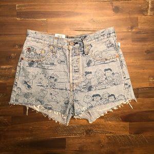 Levi's Peanuts 501 high waist shorts